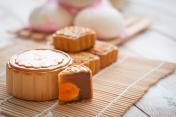 Mid-Autumn Festival moon cake on wooden board