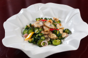 Fried abalone slices with cucumber