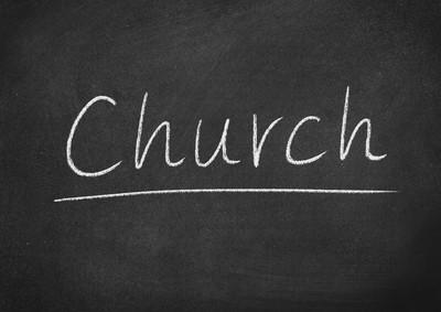 教会概念词在黑板背景上