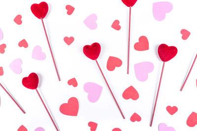 情人节爱心上枝,心的形状