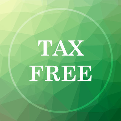 Tax free icon. Tax free website button on green low poly background