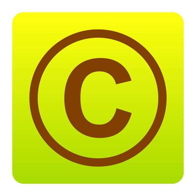 版权符号图。矢量。在白色背景上的圆角绿色黄色渐变广场的棕色图标。分离