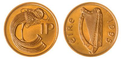 1 便士 1995 硬币上白色背景,爱尔兰孤立