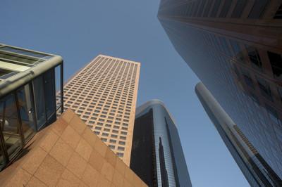 现代市中心摩天大楼