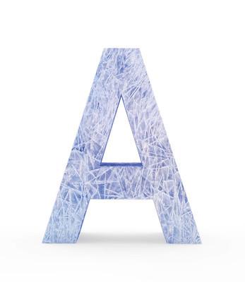 冰上白色字母 A