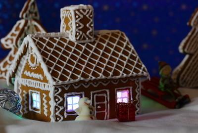 圣诞贺卡与姜饼屋小雪
