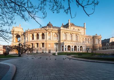 敖德萨歌剧院