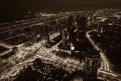 城市的灯光与迪拜市中心夜景