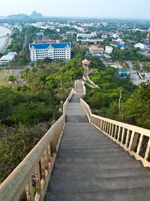 考庄可拉措的阶梯