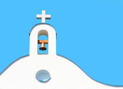 钟塔。地中海欧洲建筑的细节