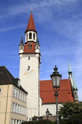 与塔,慕尼黑旧市政厅