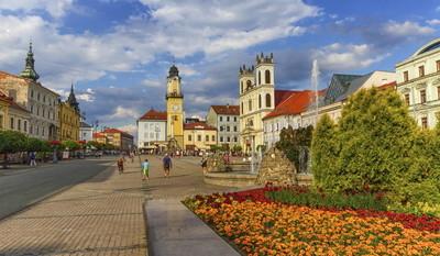班 Bystricas 主广场斯洛伐克