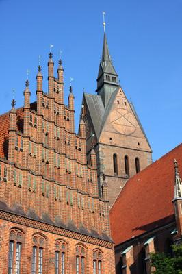 市场教会和旧市政厅在汉诺威,德国