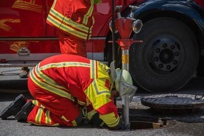 消防队在工作