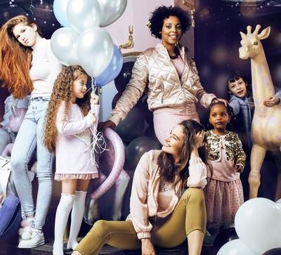 多样性联合国妇女与儿童庆祝