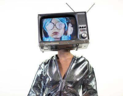 电视头的女人