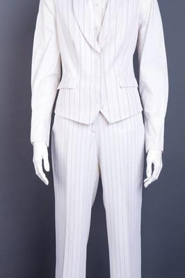 正式样式背心和长裤