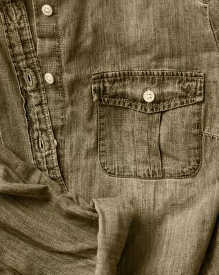牛仔裤衬衫