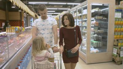 家庭在超市实现的购买