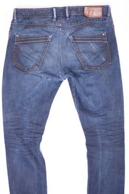 时尚牛仔牛仔裤