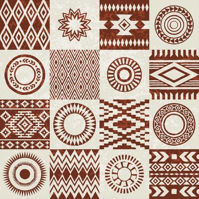 零散的美洲印第安人种族模式编译的无缝纹理。可移动的 grunge 效果