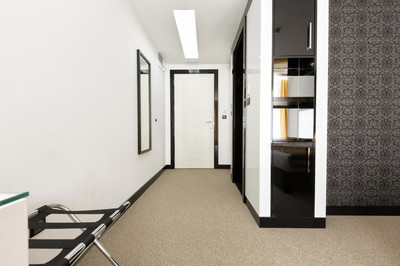 现代公寓走廊