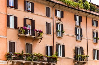 在罗马市中心的传统意大利建筑
