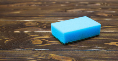 蓝海绵带洗涤剂