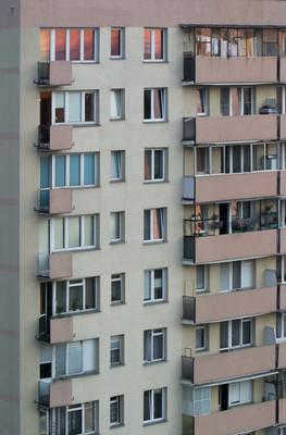 摩天大楼公寓房子在华沙