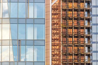 摩天大楼的窗户与背景