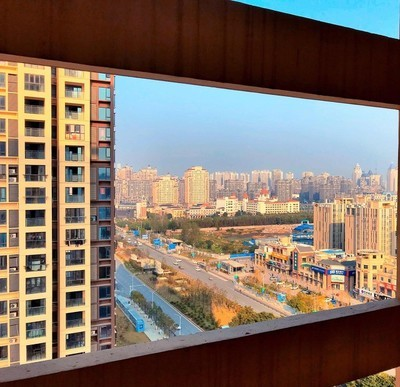 楼道远处的风景……  PS:南昌.新建区