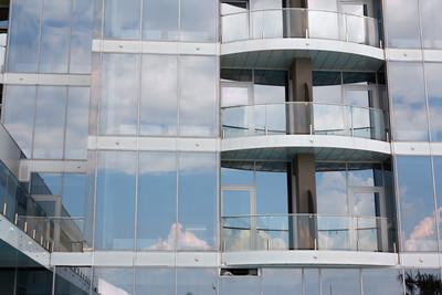摩天大楼的窗