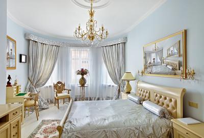 蓝色和银色的色彩的古典风格豪华卧室室内
