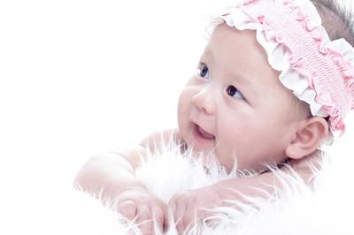 亚洲笑宝宝