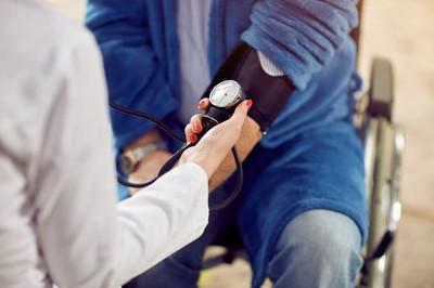 关闭检查血压高血压评估