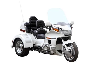 现代的三轮车
