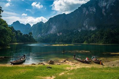 长虹 lan 湖。考索国家公园。泰国