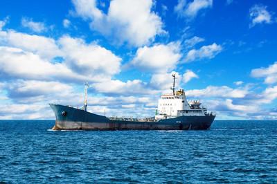 船在地中海