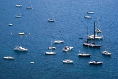在地中海游艇船