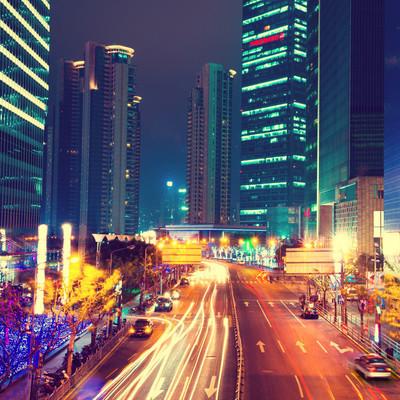 现代城市的夜景