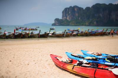 皮划艇船上海滩