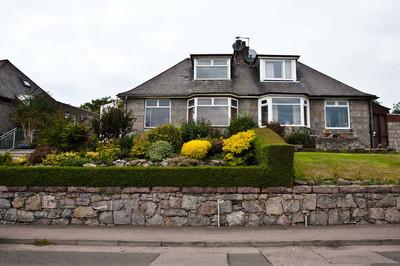 苏格兰阿伯丁的房子庭院景观设计设计