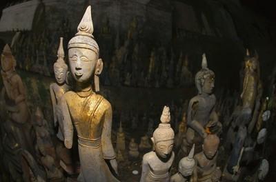 佛像、 白石 ou 洞穴老挝