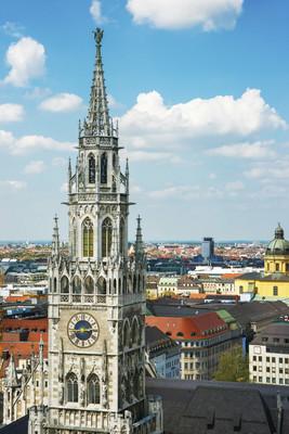 慕尼黑市政厅大厦及中心天际线
