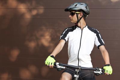 山地自行车,骑自行车