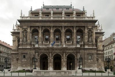 布达佩斯歌剧院
