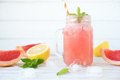 鲜榨葡萄柚汁