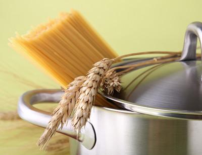 烹饪用意大利面条锅