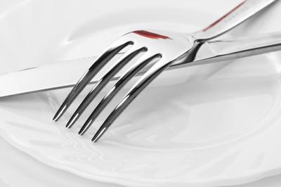刀和叉板上