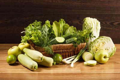 新鲜的绿色蔬菜
